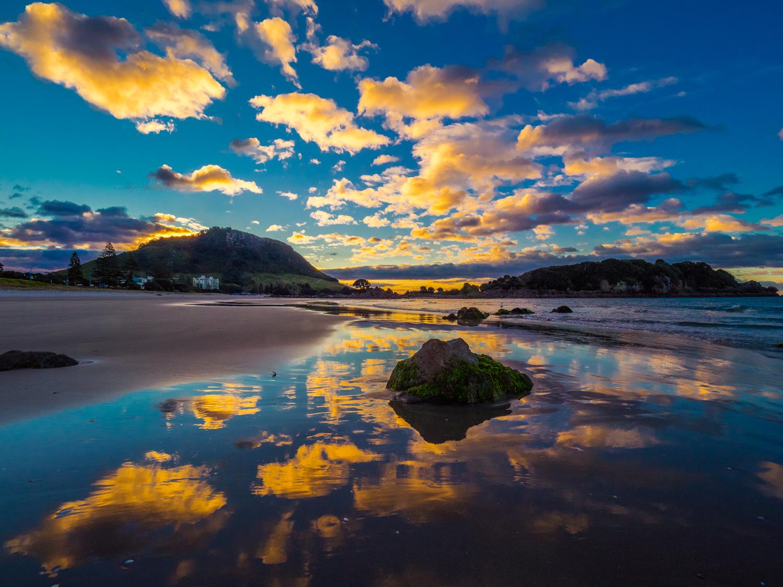 Mount Maunganui Gold P9097775