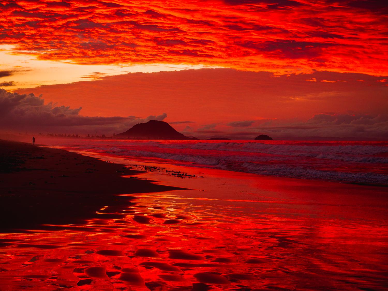 Fire in the sky. Papamoa Beach. 17.25.30