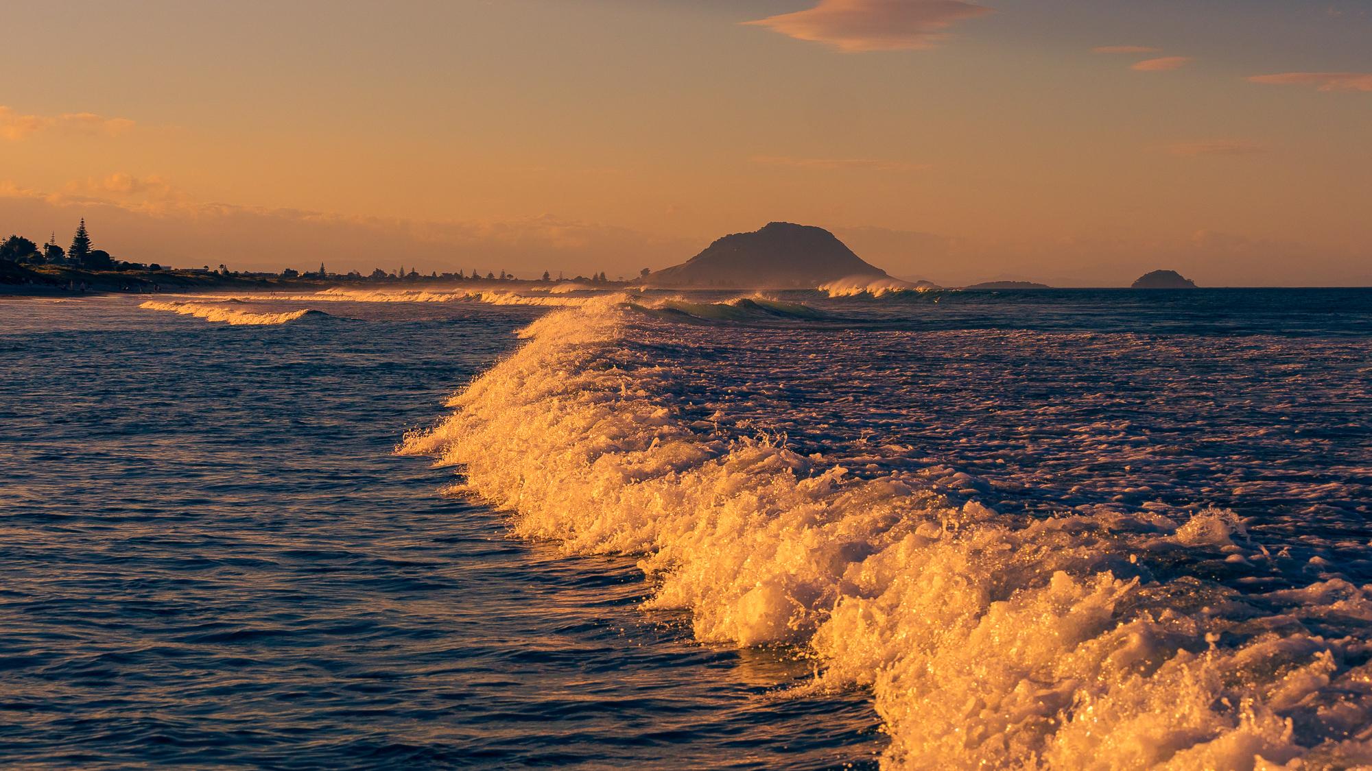 Summer evening. Incoming tide. Papamoa Beach. P1070055