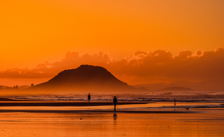 Autumn sunset. Papamoa Beach. P5100006