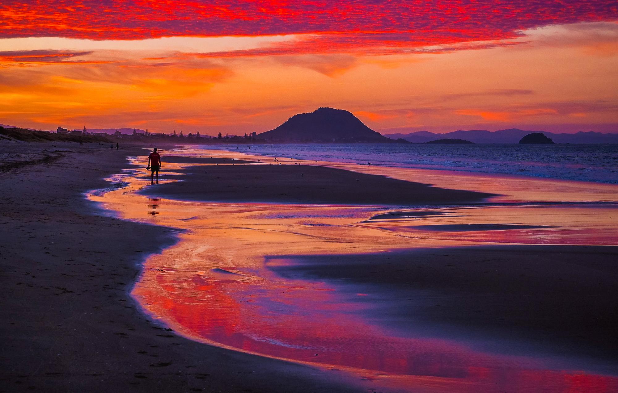 Last light. Papamoa Beach. P3230147