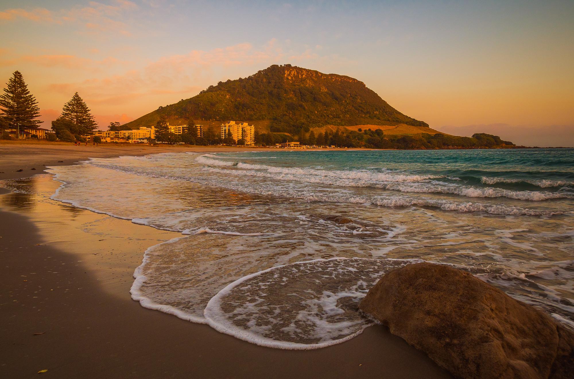Incoming tide at dawn. P8030013