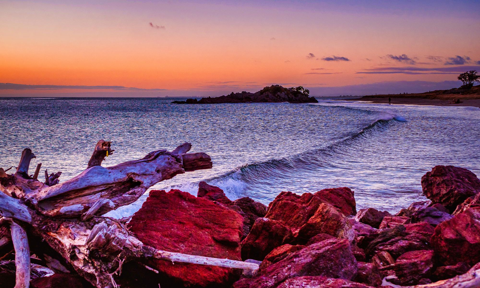 A Quiet Dawn. Mount Maunganui Beach. P8020050