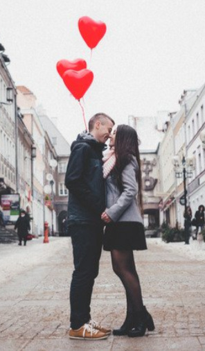 Kissing+balloons.jpg