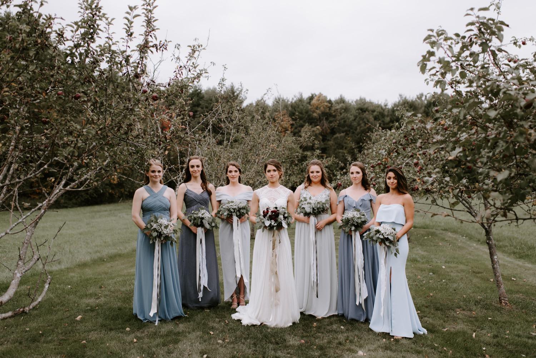 sarahdave_groups-23_bridesmaids_at_the_barn_at_flanagan_farm_1500.jpg