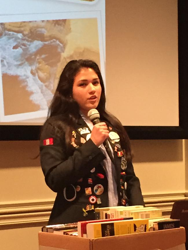 YE student Karla Acosta speaks at our club about her year in the US