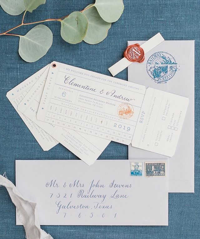 Discovering the amazing world of stationary designers through our awesome collabs. This one with Charlotte @callirosa. 👈👈Railroad themed Invitation suite in the form of train tickets ! 🚂 . . . . A perfect day with : Galveston Railroad Museum 📸@randmbledsoephoto Design and Styling @oliviasourisrose HMUA @simplebeautyartistry Gown@kaitlynsbridalcouture Bridesmaids Attire: @shoprevelry Linens @latovalalinen Cake:@loviebakery Custom Stationery: @callirosa Bridal Party: @stacyreneee @queendiiaax, @adele.cooper, @brycecooper,@crystalleewilliams