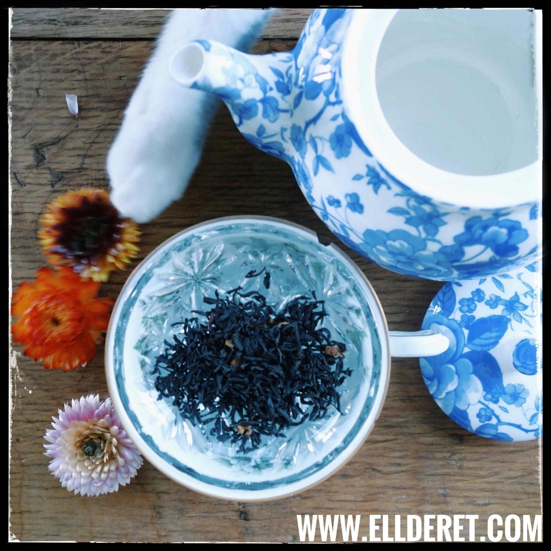em-markoff-ellderet-writing-mascot-tea-time.jpeg