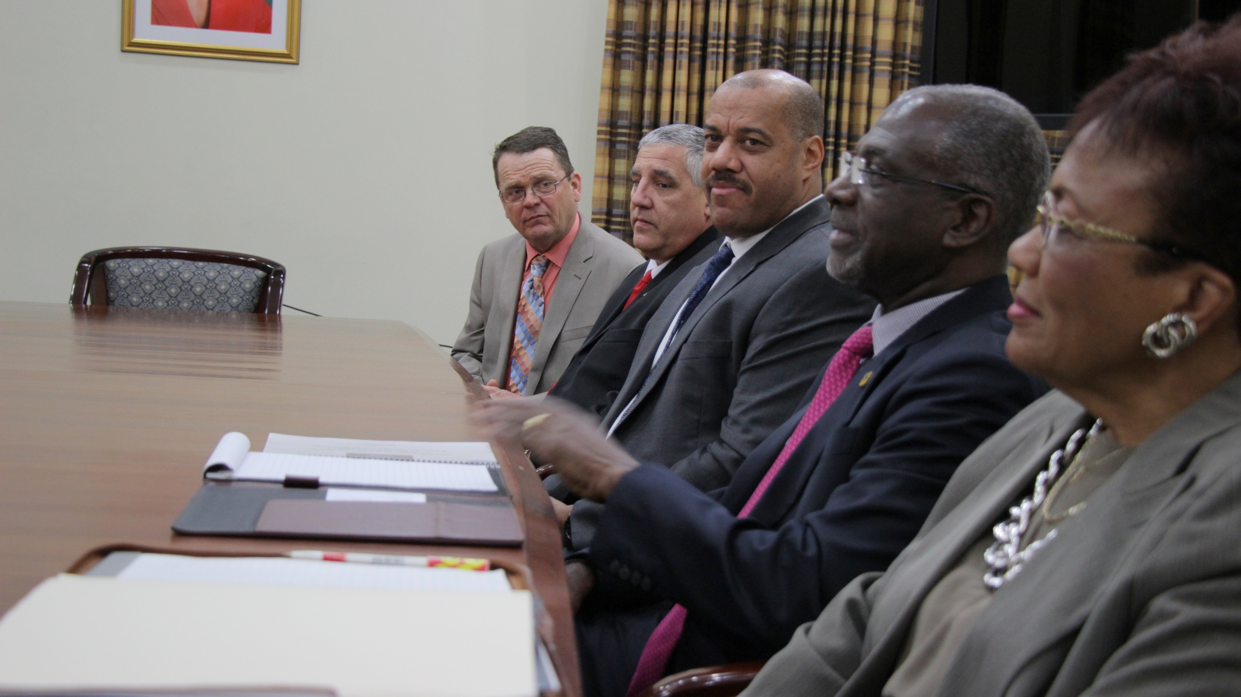Delegation speaks PM_6197.JPG