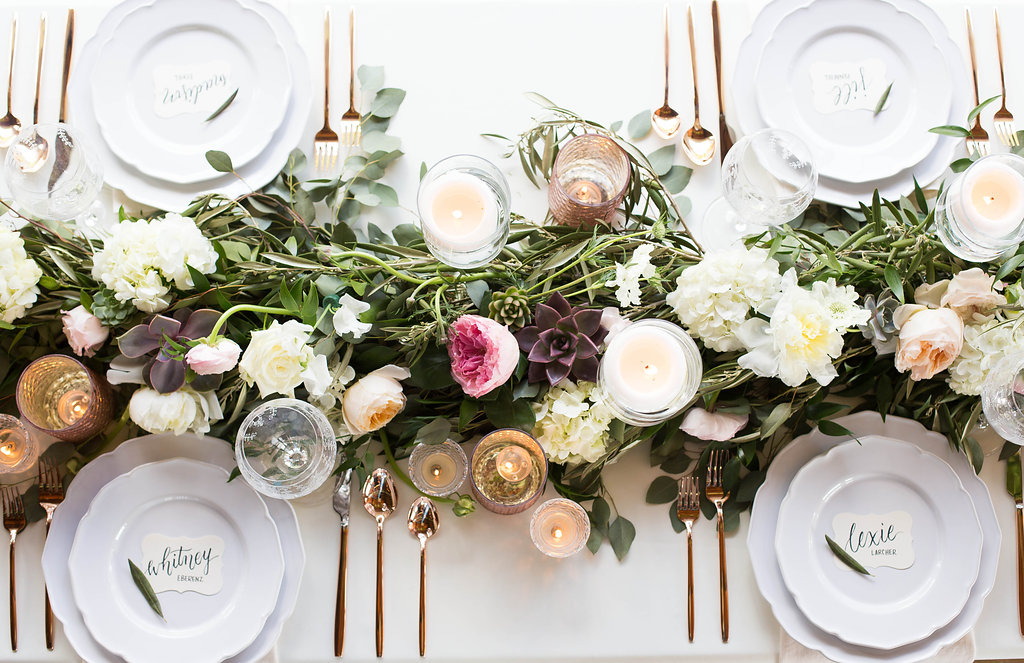 rose-gold-tablescape-with-floral-table-runner