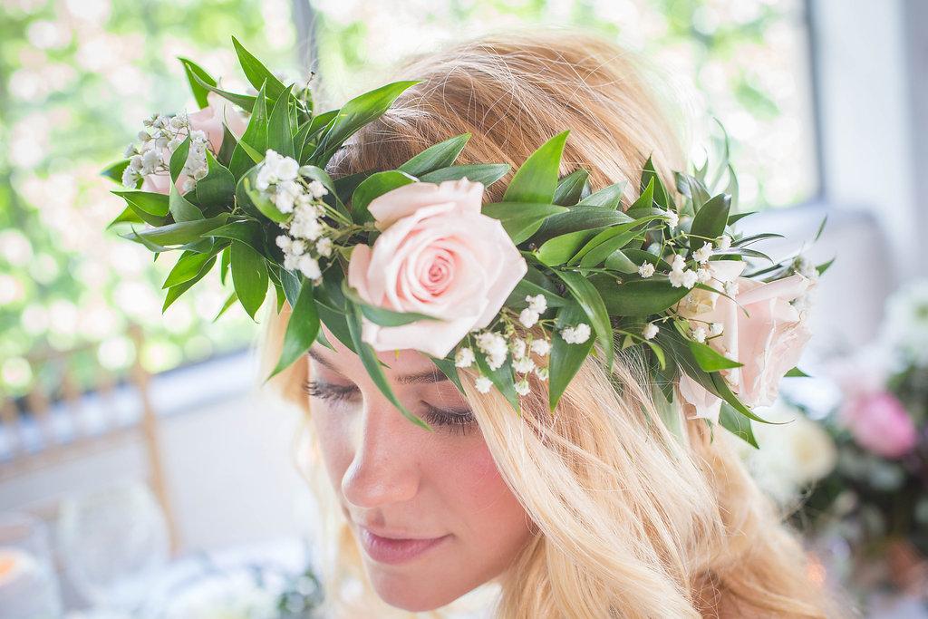 pale-pink-rose-flower-crown