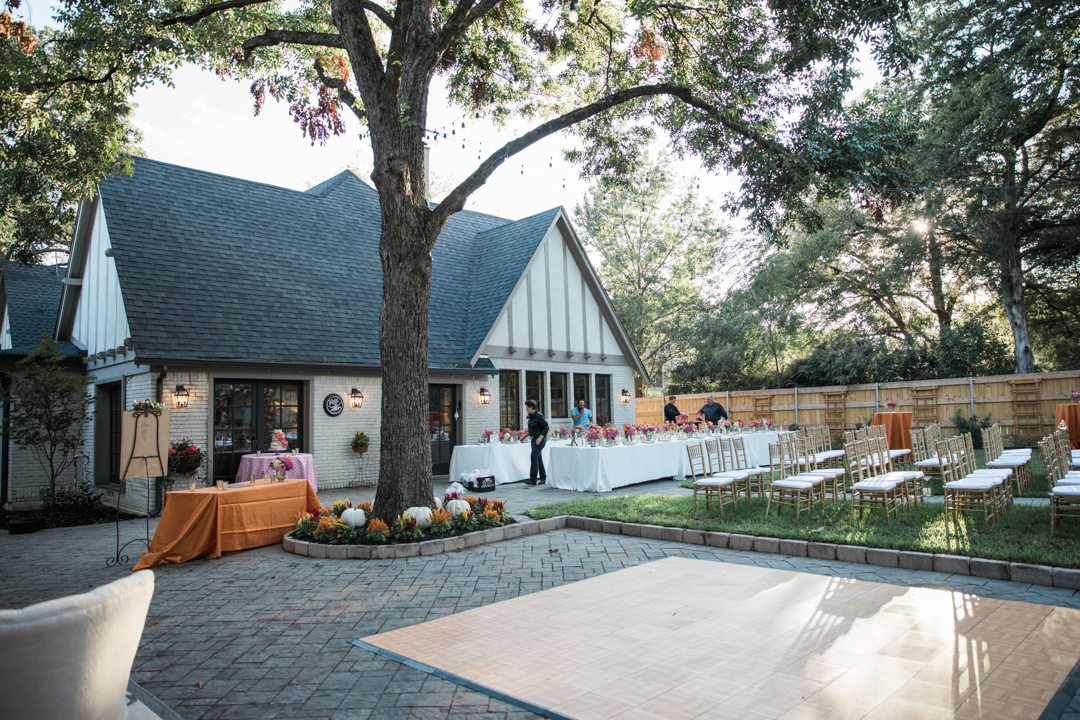 backyard-wedding-in-dallas
