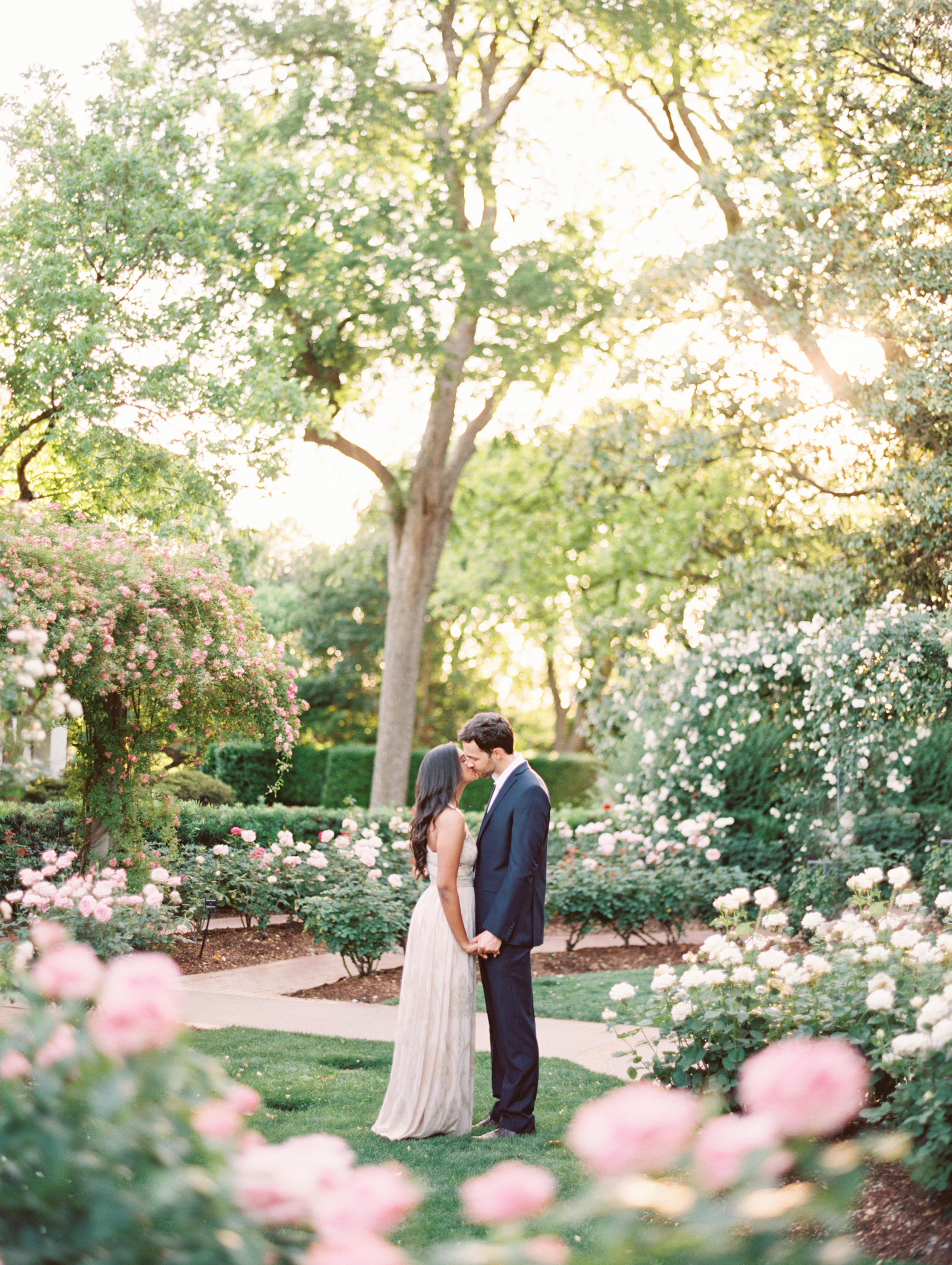 garden-engagement-photos