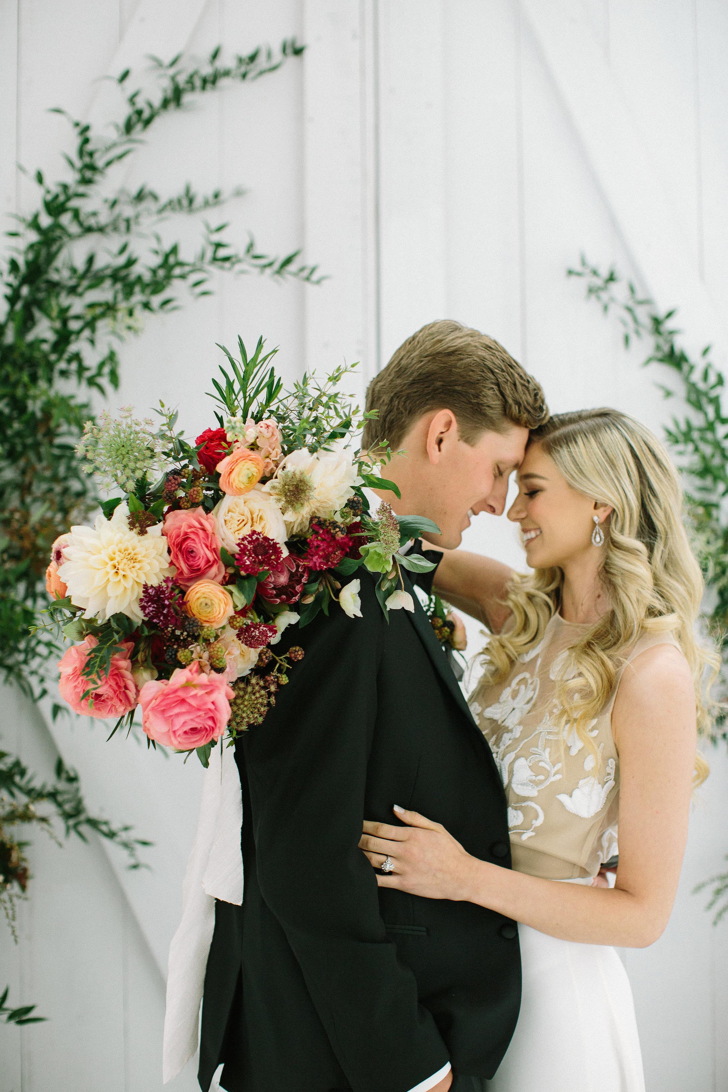 lush-bridal-bouquet