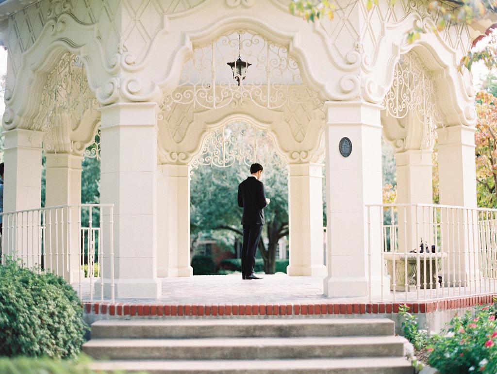 dallas-first-look-wedding