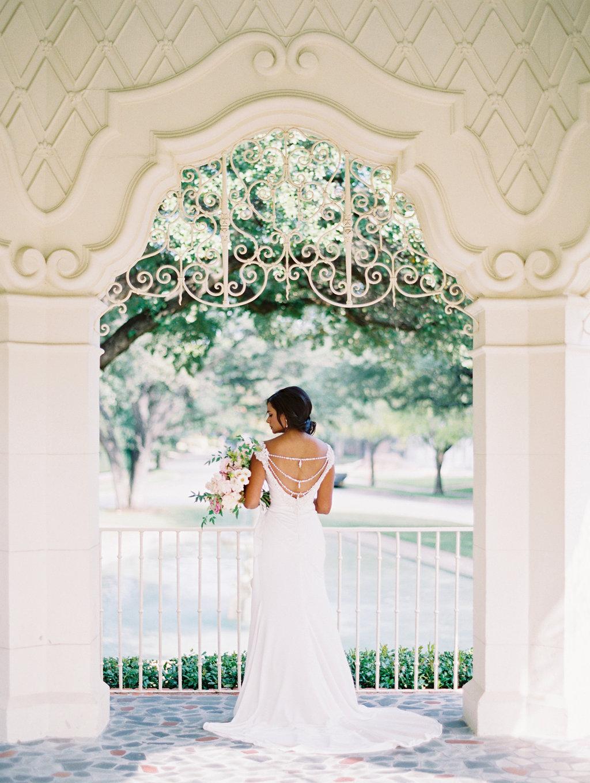 fine-art-bridal-session