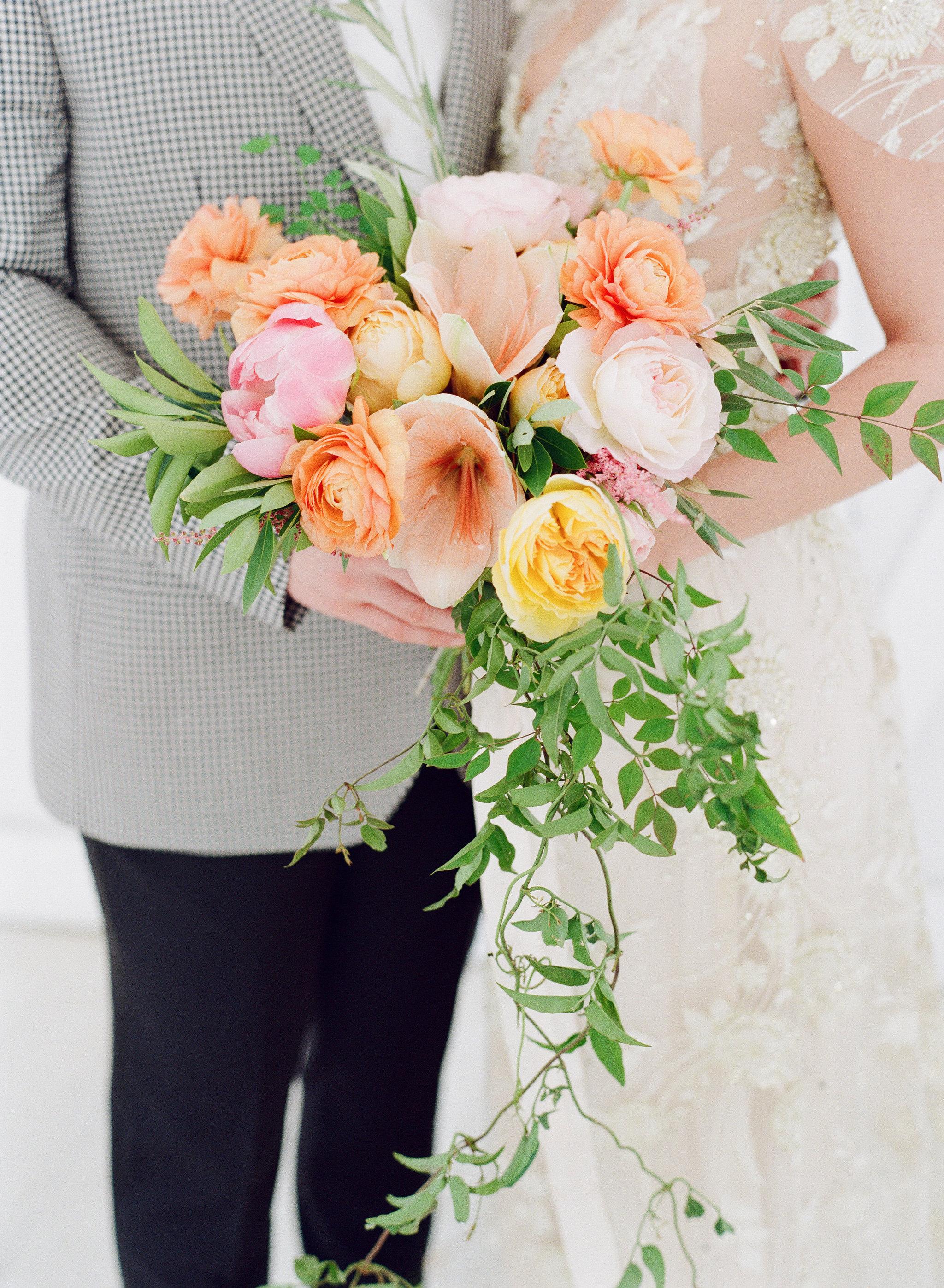 cascading-wedding-bouquet