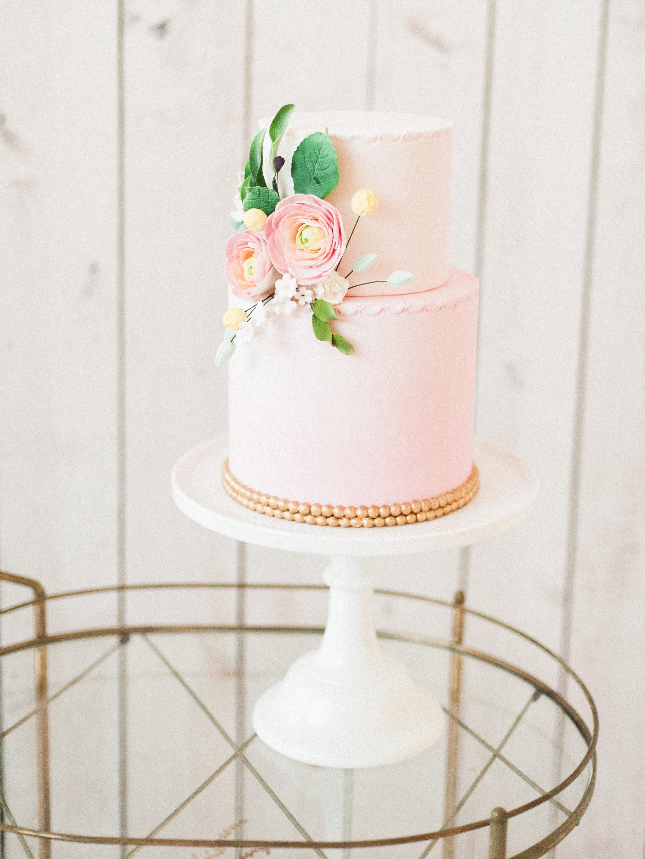 50s-inspired-wedding-cake