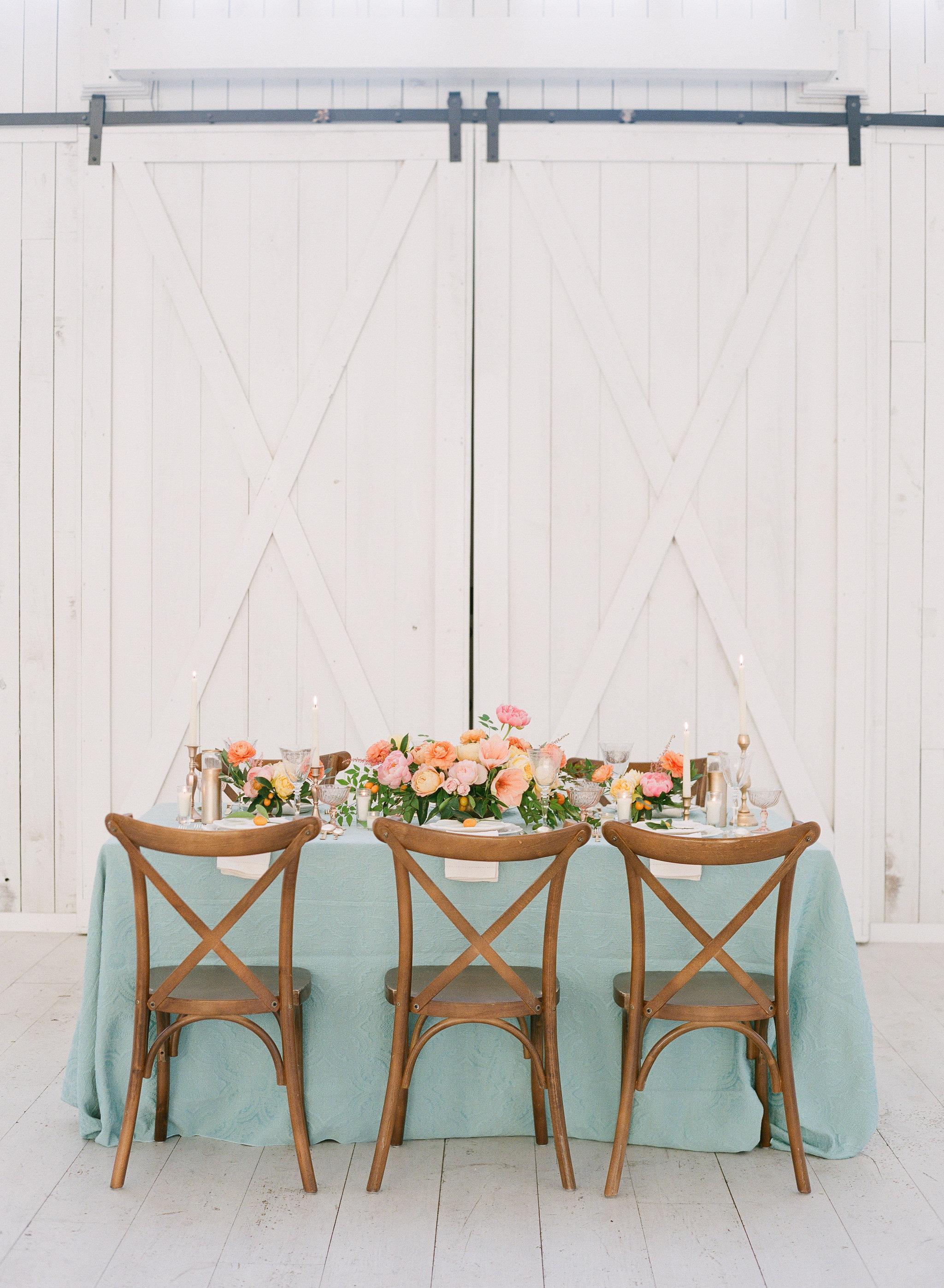 white-sparrow-barn-wedding