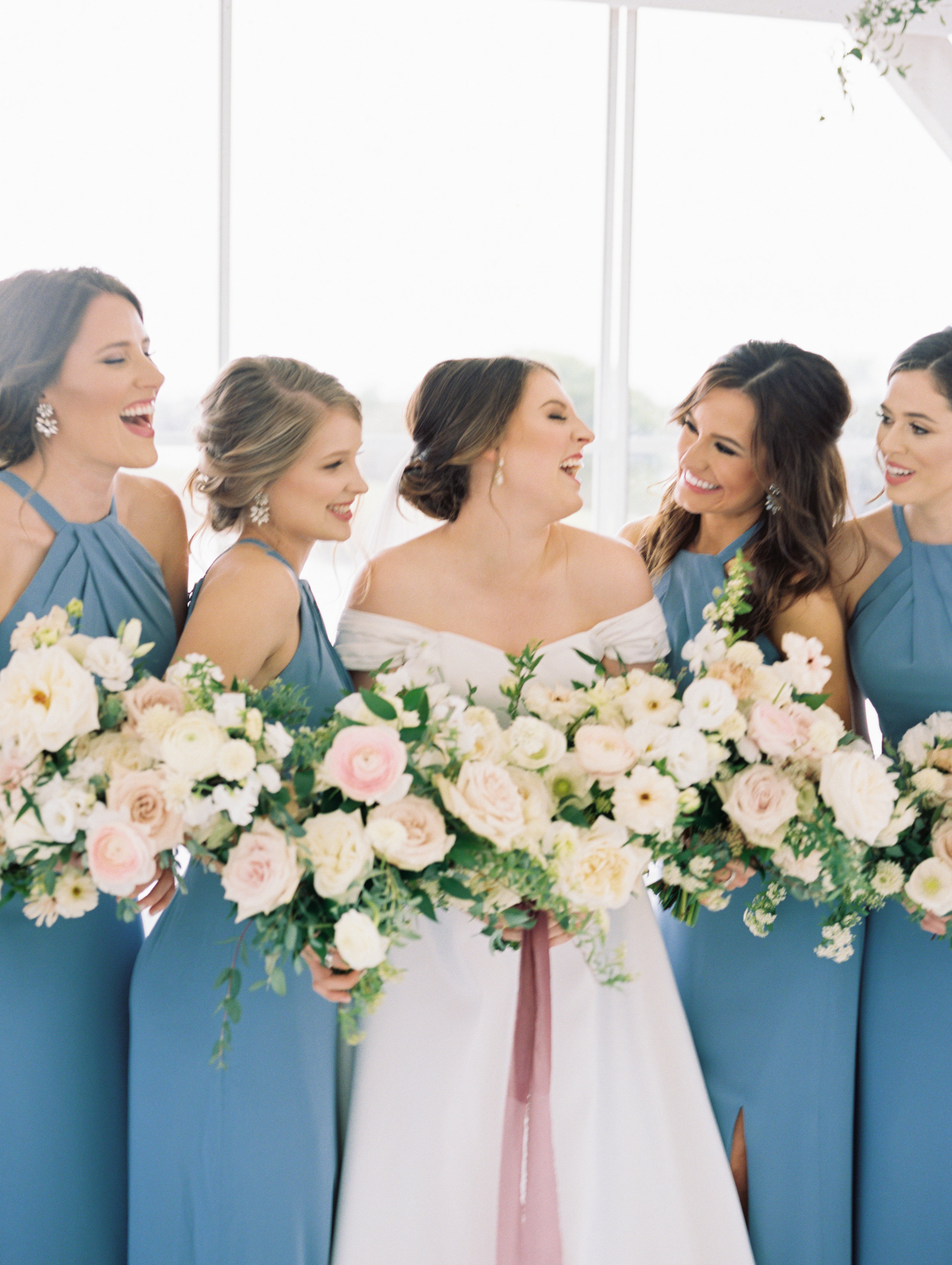 amy-and-bridesmaids-the-grand-ivory-ivory-and-vine-event-co.jpg