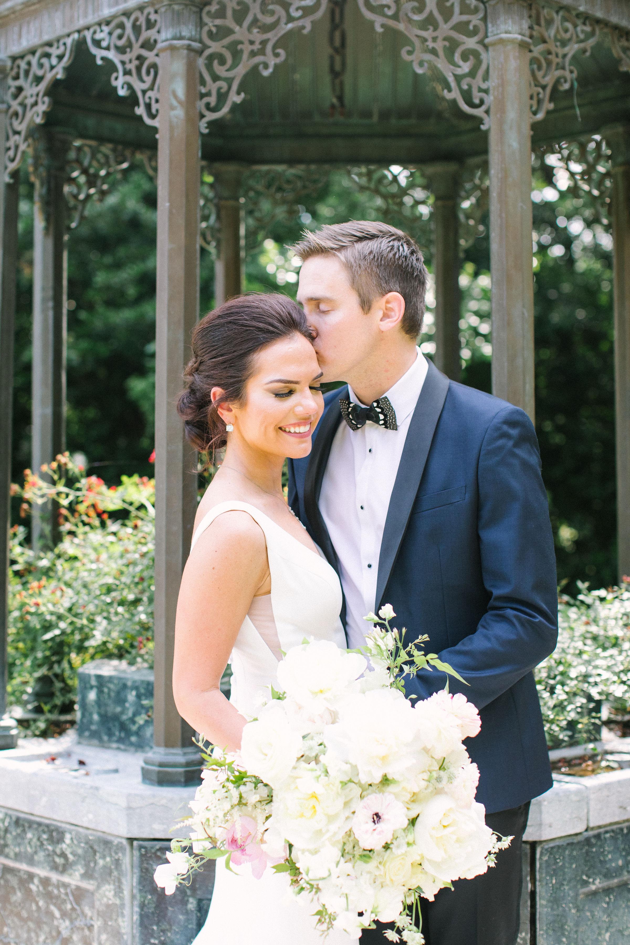 Ellen-Ashton-Photography-Dallas-Wedding-Photographers-Ivory-and-vine-Weddings-238.jpg