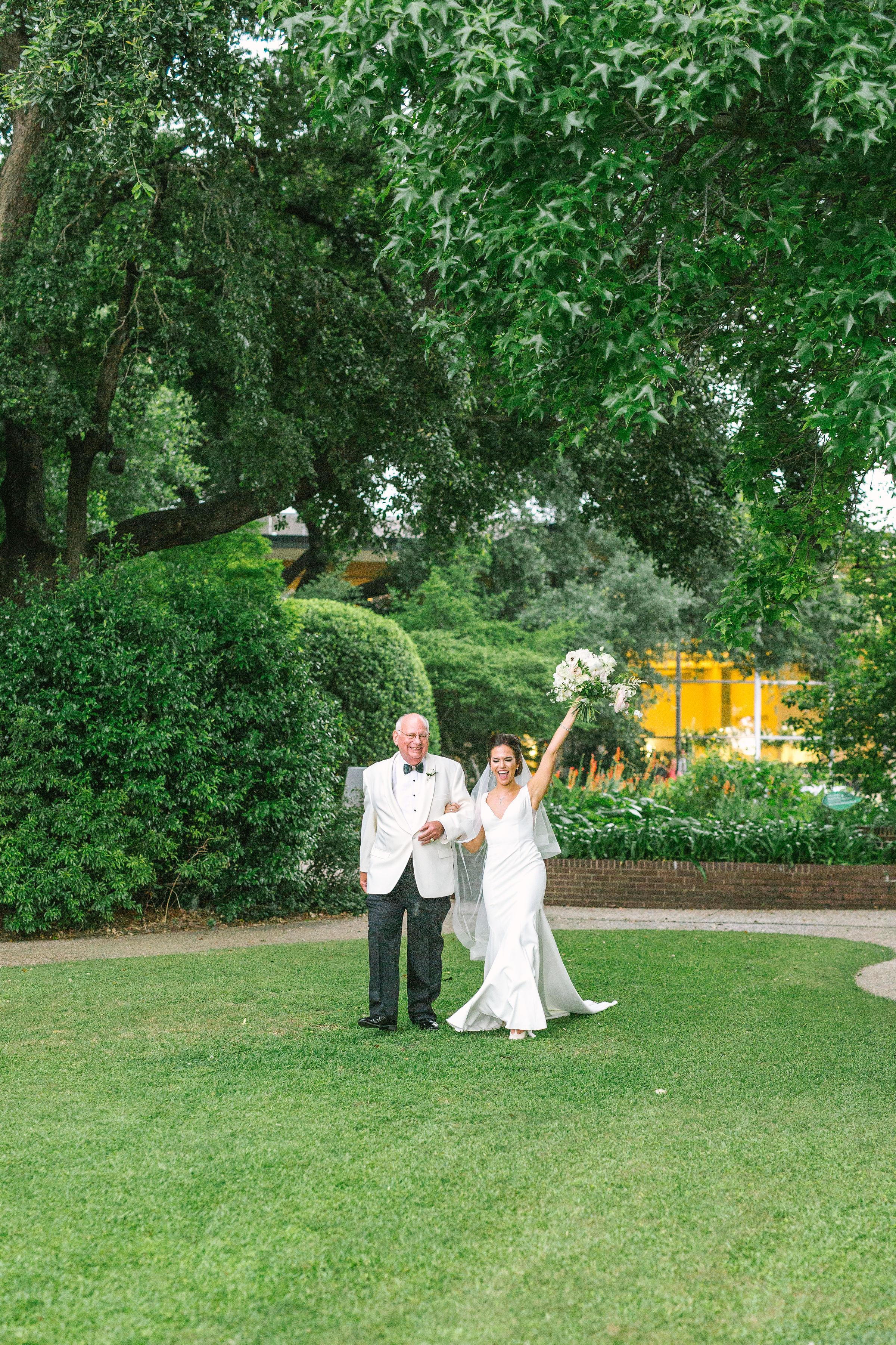 Ellen-Ashton-Photography-Dallas-Wedding-Photographers-Ivory-and-vine-Weddings-913.jpg