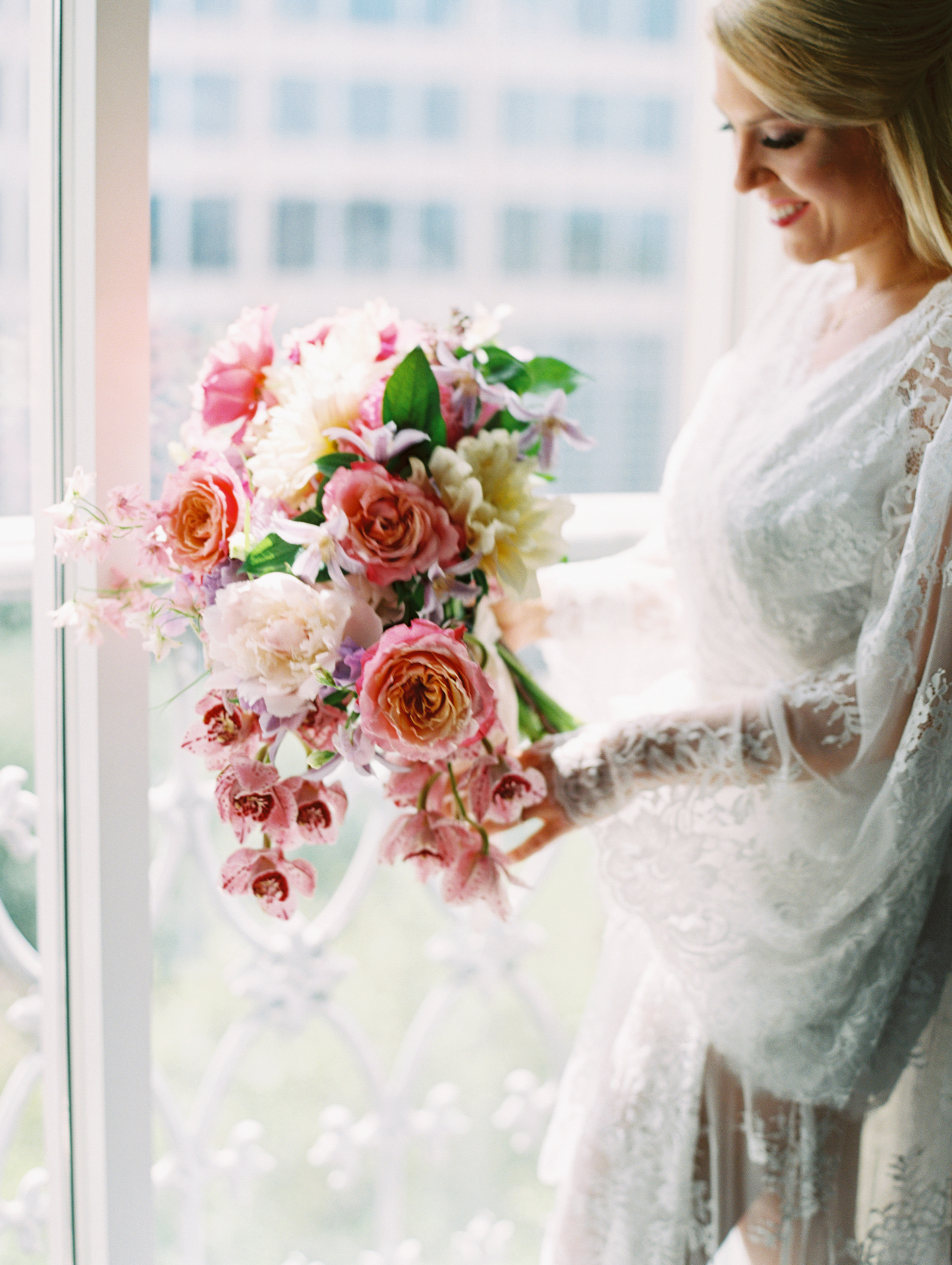 Blakeley-and-bouquet-Ivory-and-Vine.JPG
