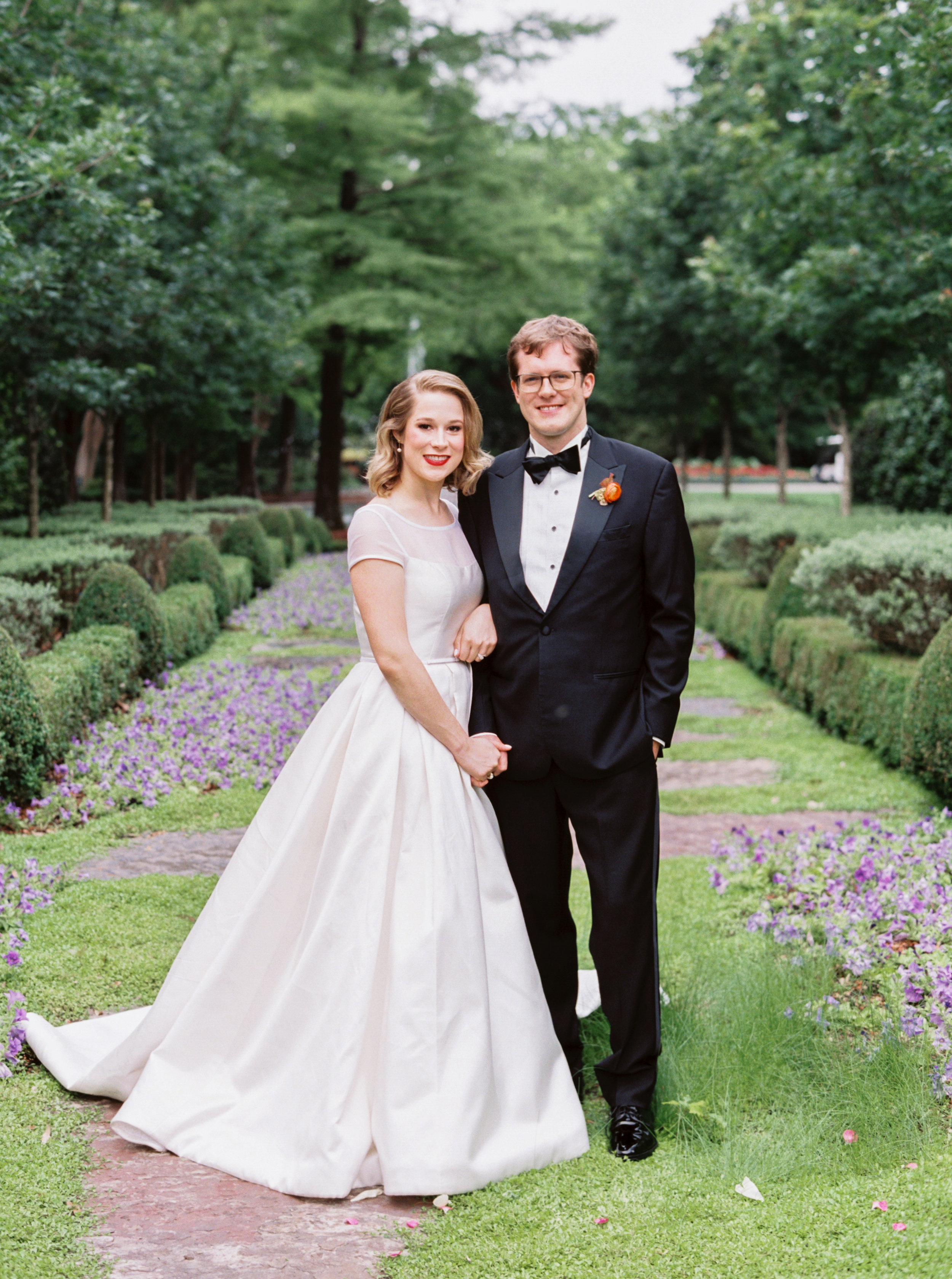Ana-and-Nick-together-The-Dallas-Arboretum-Ivory-and-Vine.jpg