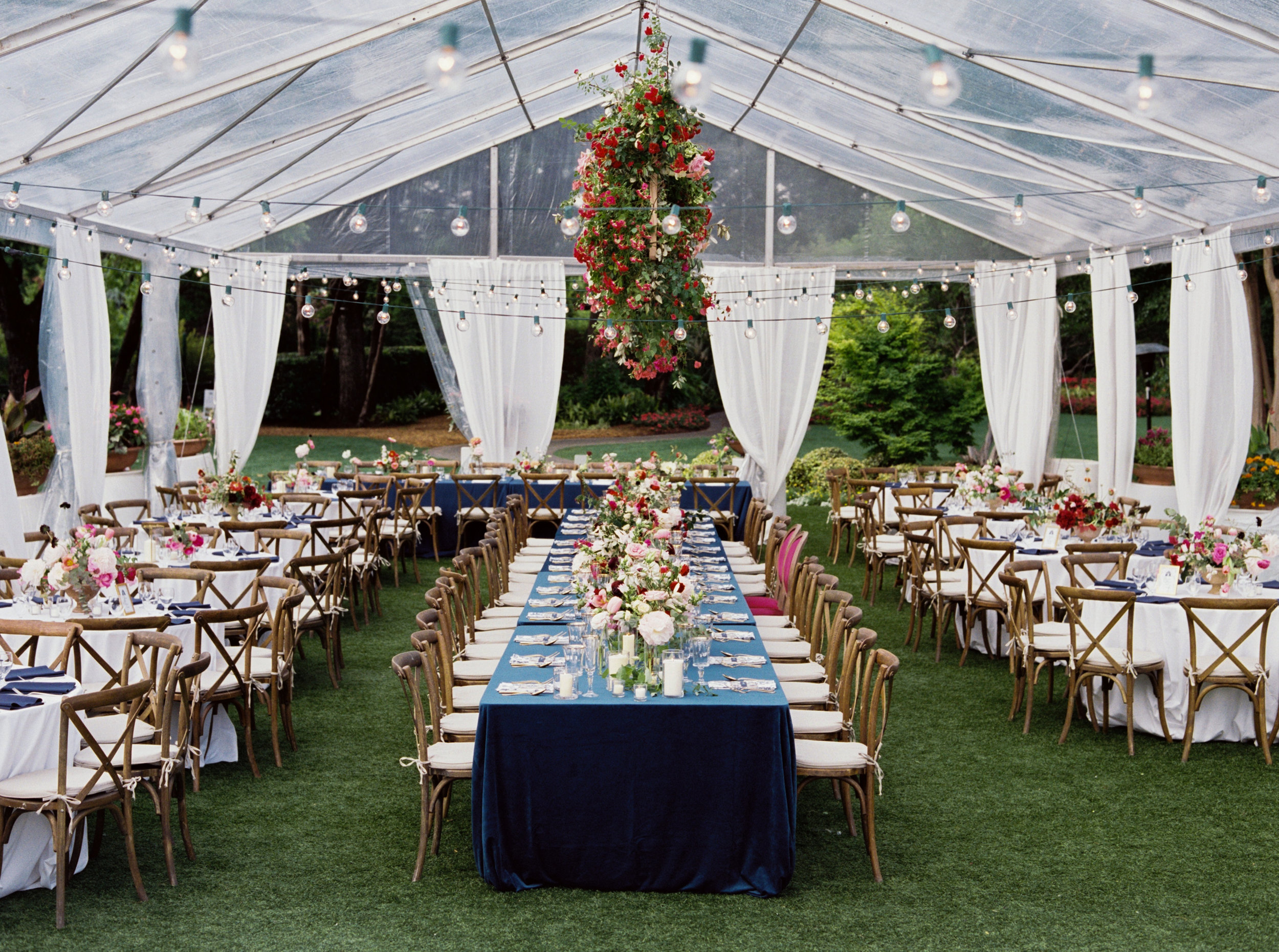 Ana-and-Nick-Reception-The-Dallas-Arboretum-Ivory-and-Vine.jpg