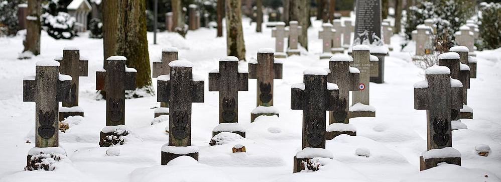 1024px-bremgartenfriedhof_bern_interniertengraeber_01_10.jpg