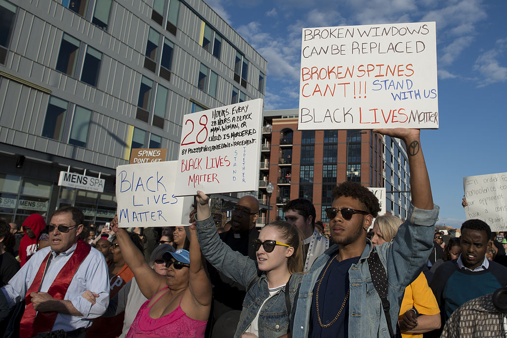 minneapolis_march_to_support_the_people_of_baltimore_17130481120_2.jpg