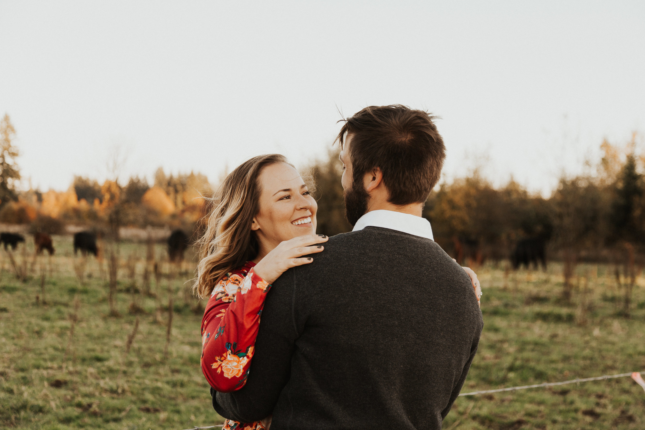 August-Muse-images-taylor-kelsey-vancouver-pumpkin-patch-washington-engagement-9.jpg