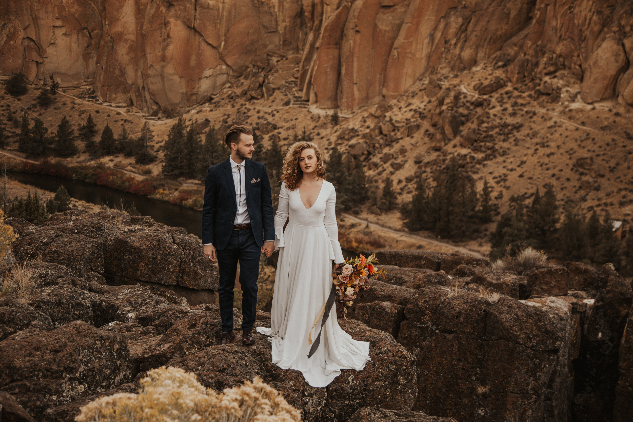 August-muse-images-smith-rock-elopement-oregon-bri-dylan-18.jpg