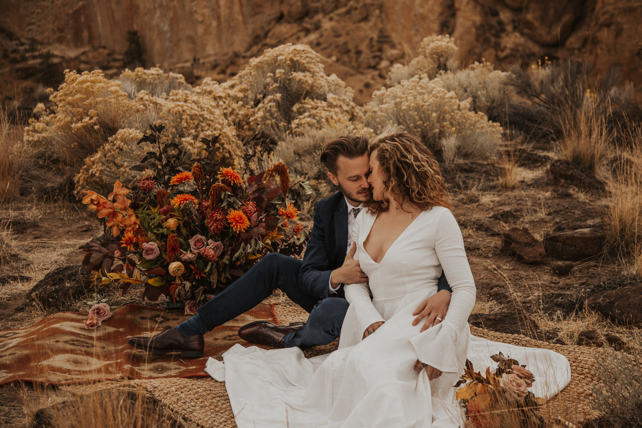 August-muse-images-smith-rock-elopement-oregon-bri-dylan-22.jpg