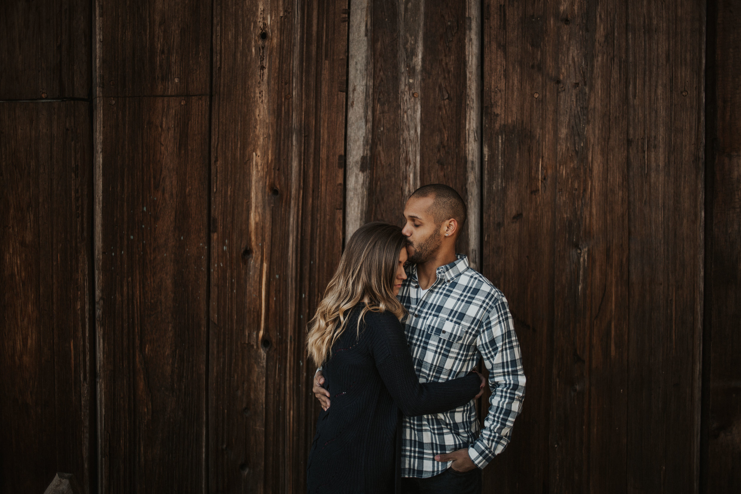 couple-engagement-photos-ridgefield-washington-august-muse-images-7.jpg