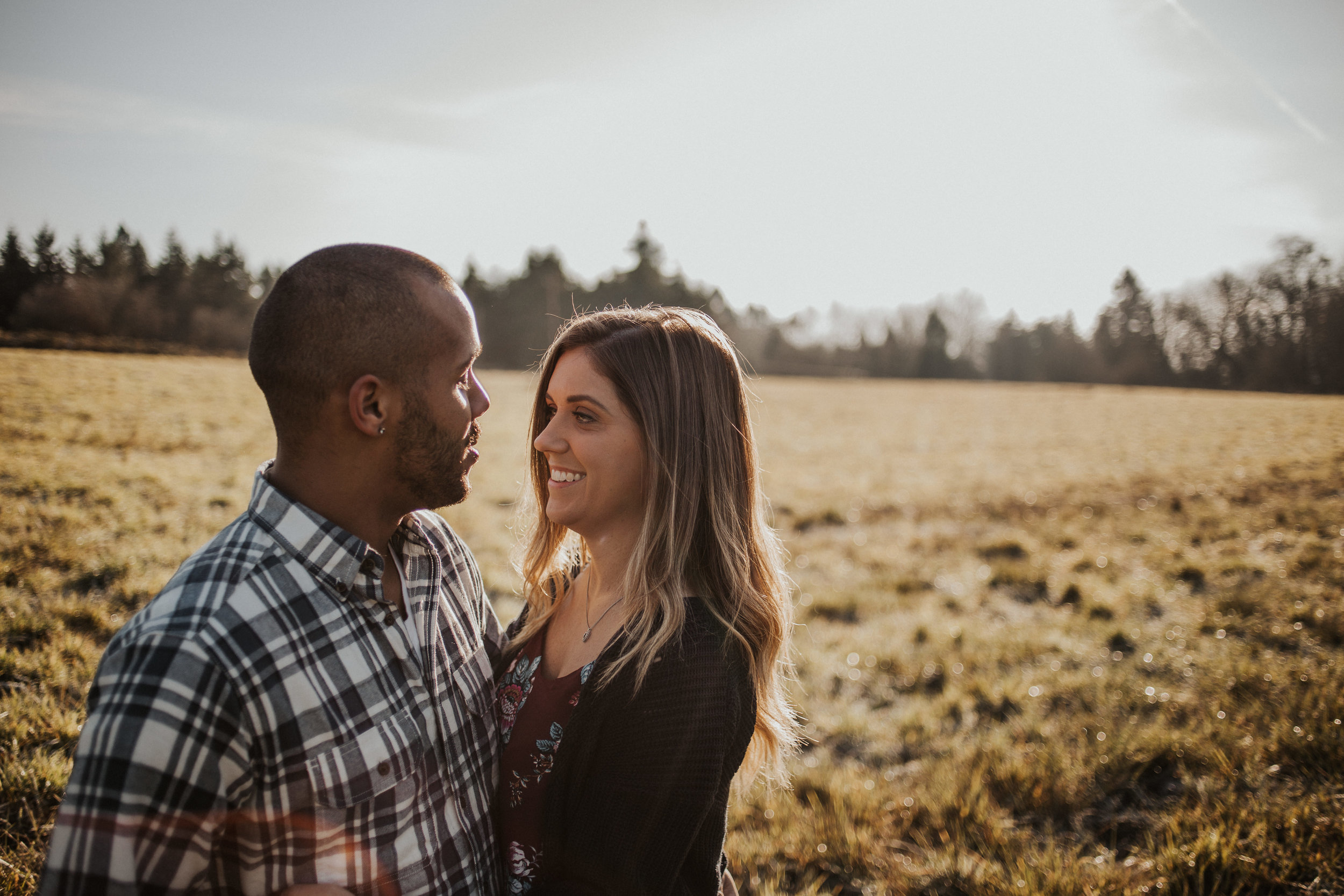 couple-engagement-photos-ridgefield-washington-august-muse-images-12.jpg