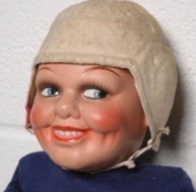 85356ca6f6585ff1dbe2ce10197dfc22--creepy-vintage-scary-dolls.jpg