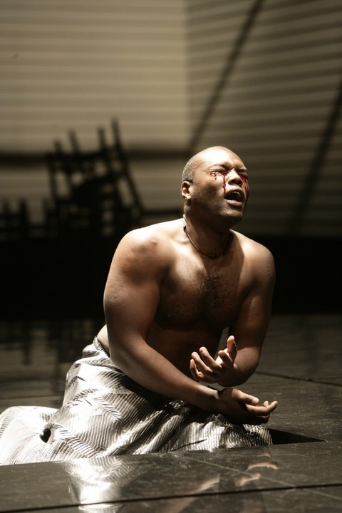 Oedipus,  Guthrie Theater, 2004, photographer: Peter Macon