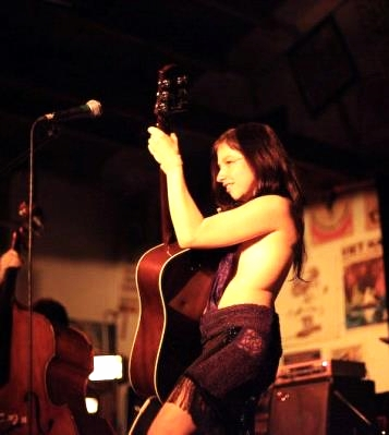 Mama Crow Guitar Live.jpg