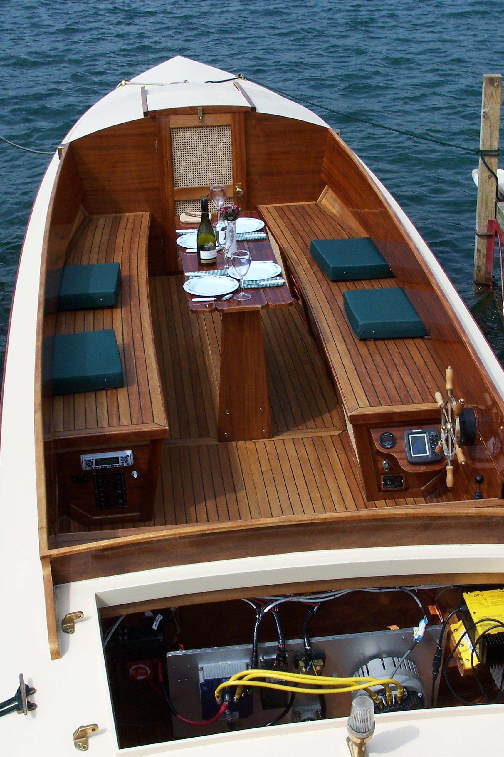 FLC Boat Show 2010 010.jpg