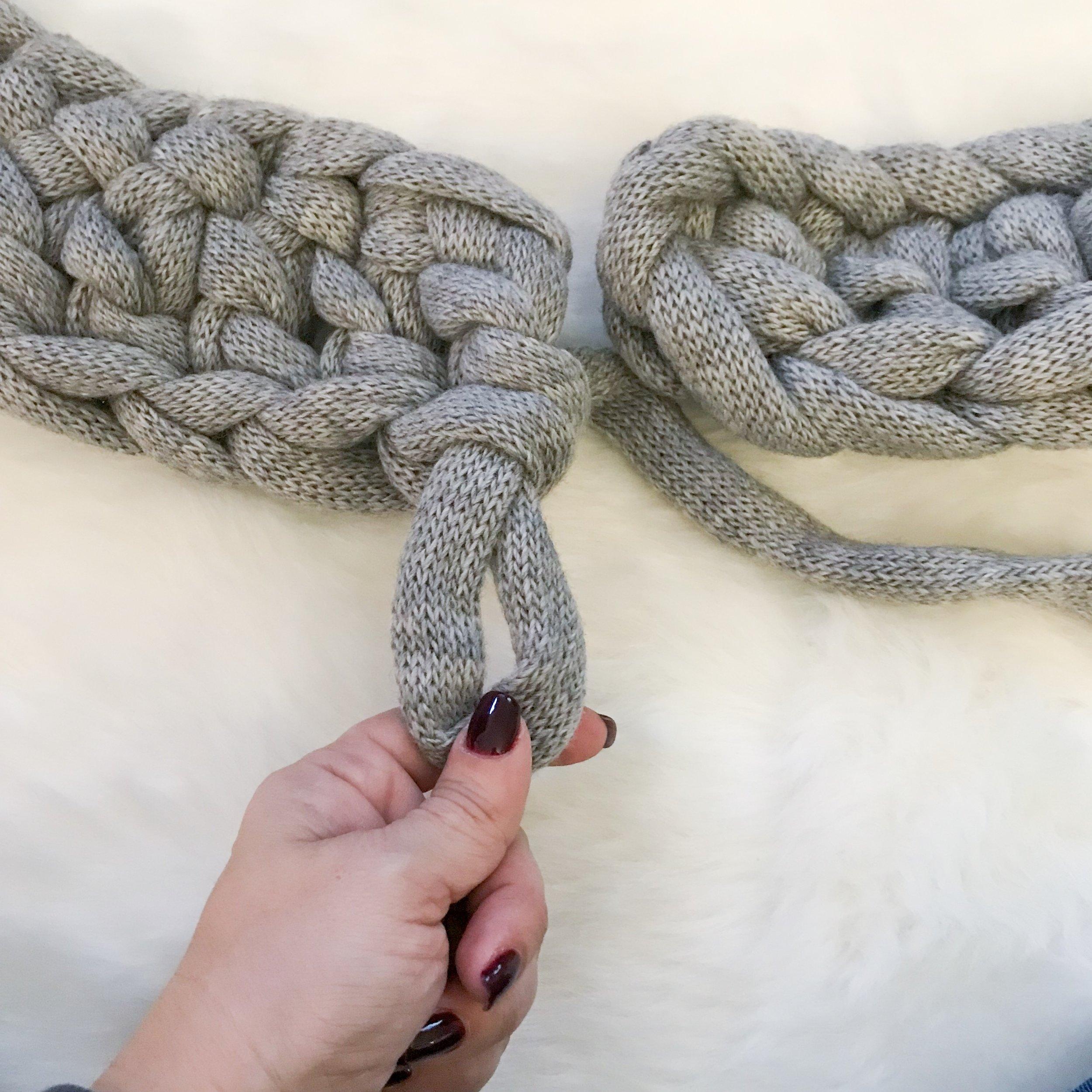 Betta-knit-chunky-crochet-scarf-free-pattern-07.jpg