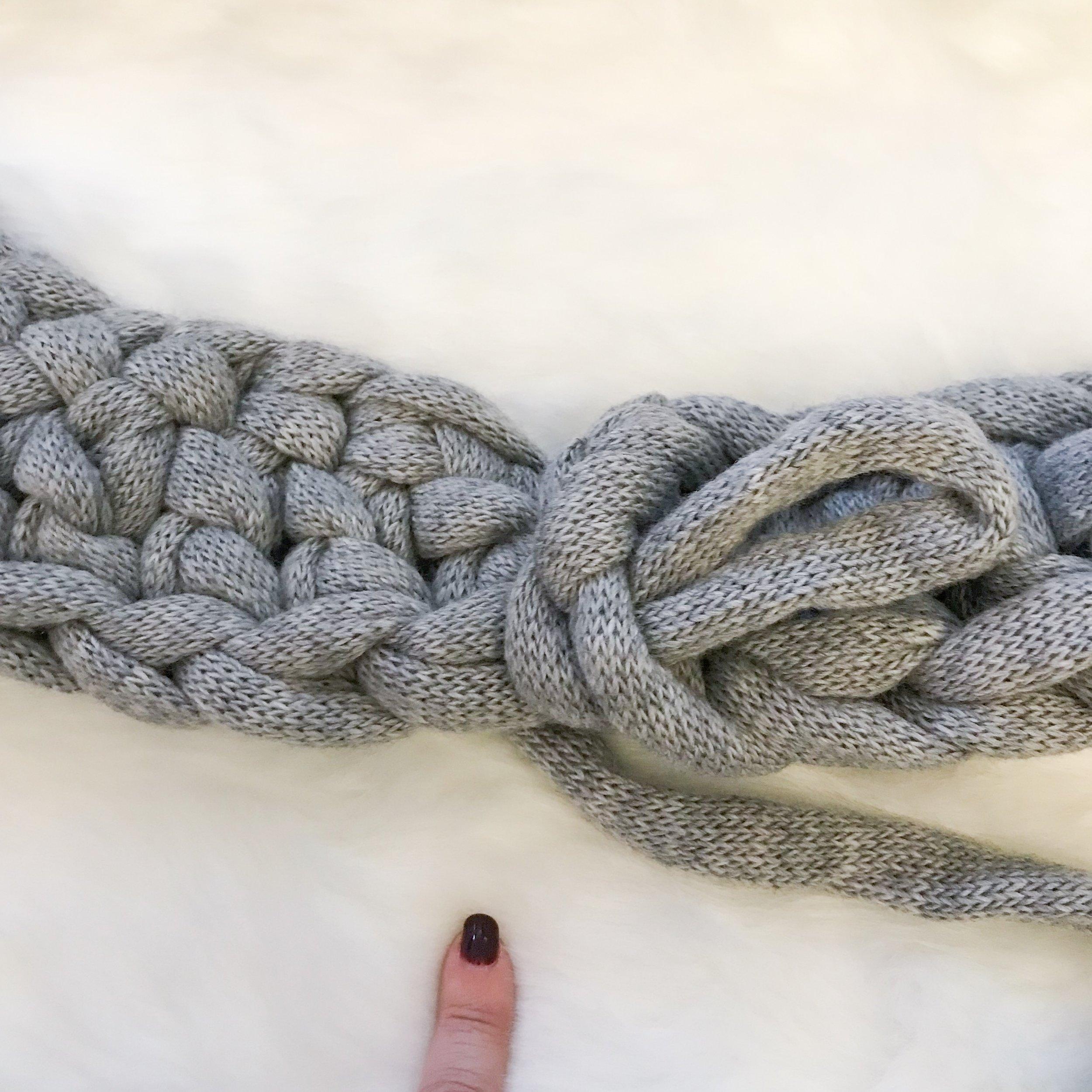 Betta-knit-chunky-crochet-scarf-free-pattern-08.jpg
