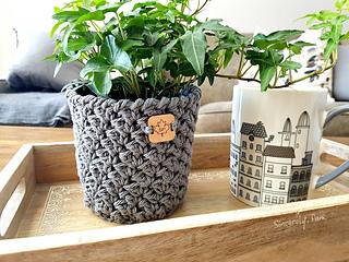 julie-basket-3_small2.jpg