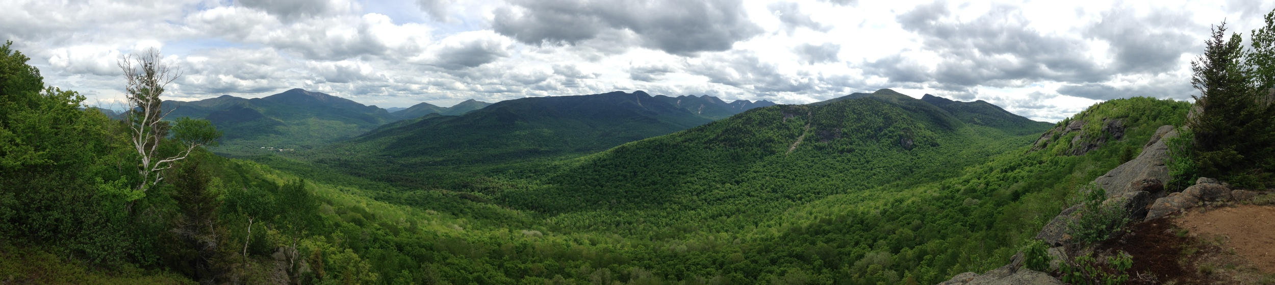 panoramic landscape of vermont mountains