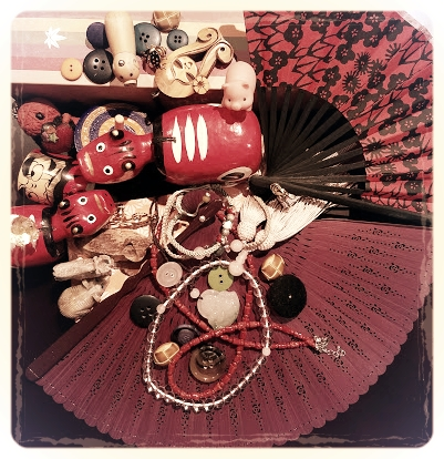 Oriental Congregation  by Miho