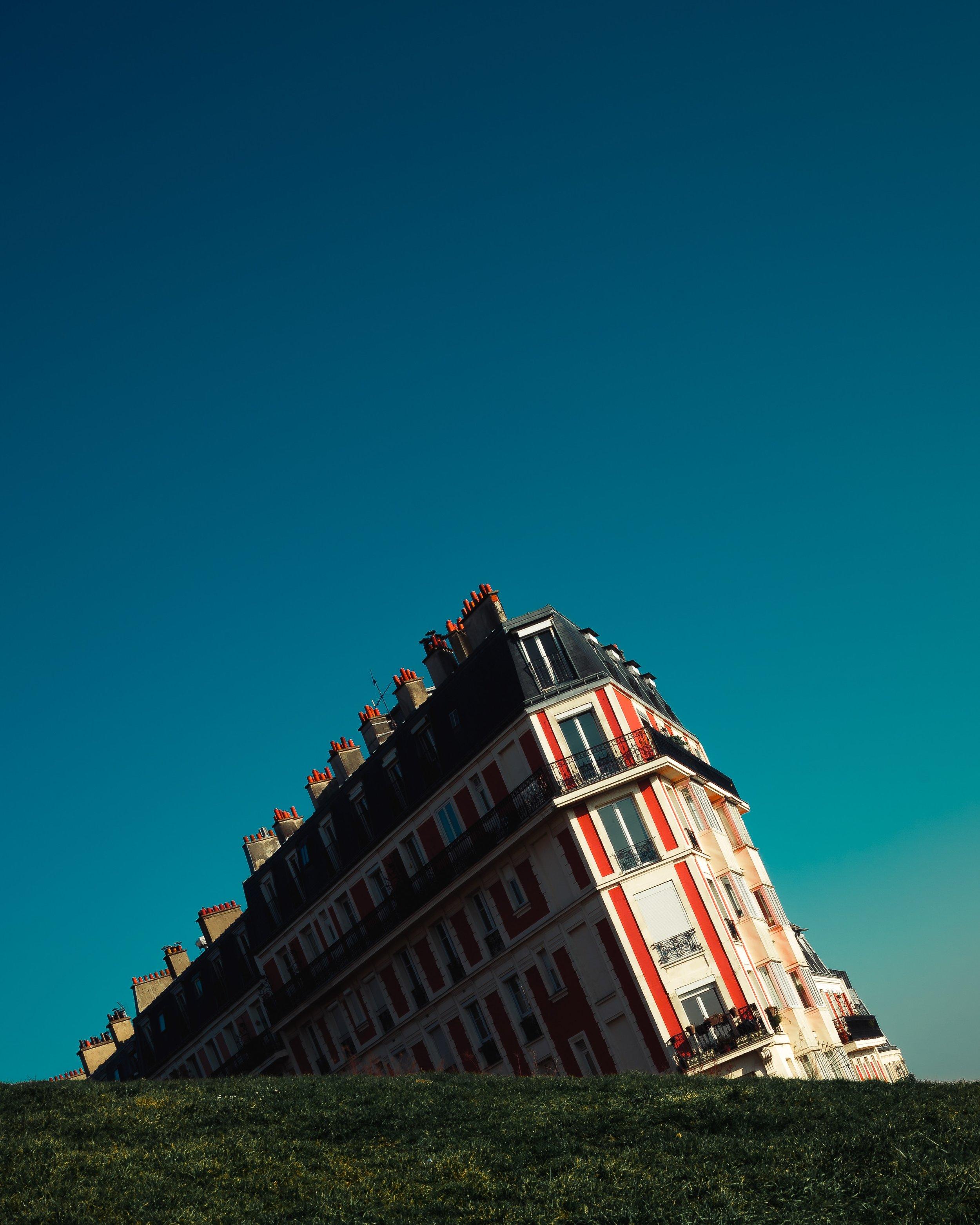 Photo by  Serge Kutuzov on  Unsplash
