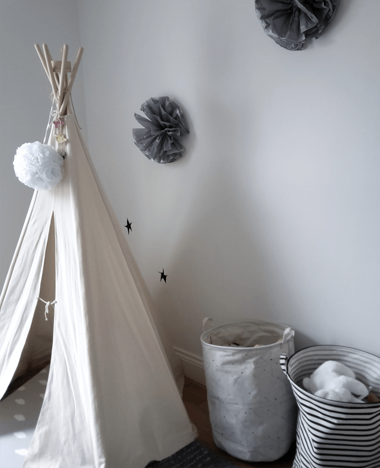 Child's teepee and toy baskets