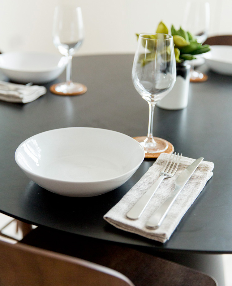Bayswater Dining Table 2.jpg