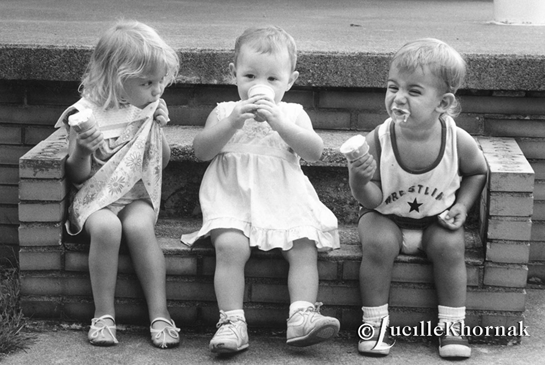 Lucille_Khornak_Photography_12180401_Children_Love_Ice_Cream.jpg