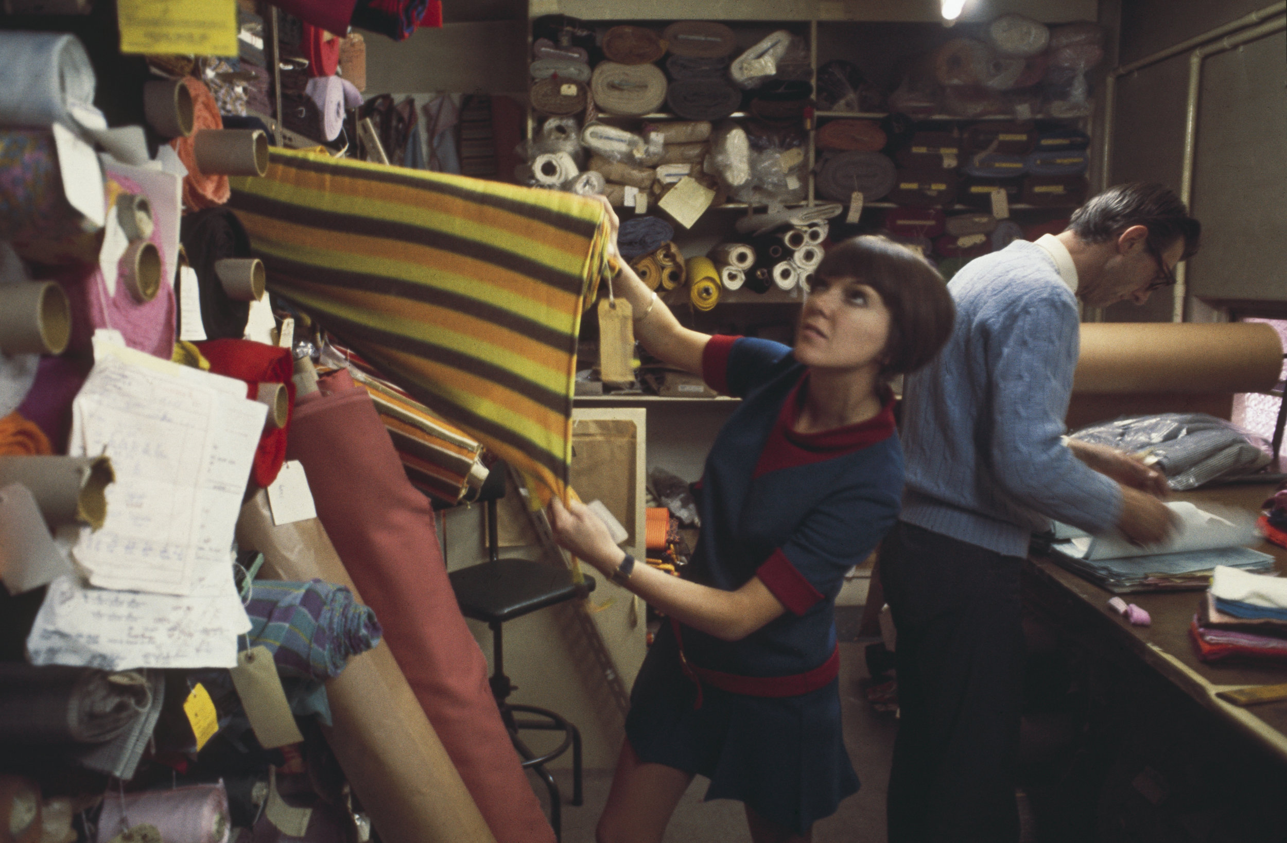 Mary Quant selecting fabric, 1967 (C) Rolls PressPopperfotoGetty Images.jpg